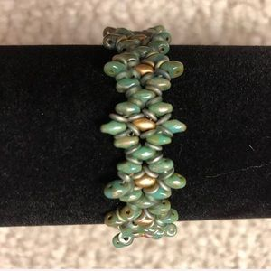 Jewelry - Turquoise and Gold Beaded Bracelet